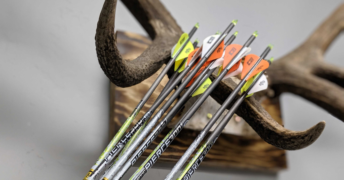 Fiberglass Arrow Inspector,ABS Portable Arrow Inspector,Check The Shaft Straightness,Increase The Accuracy,Fit for All Kinds of Archery Etc Aluminum Such As Carbon