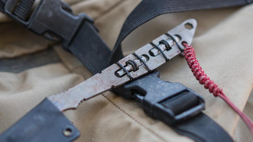 Bit multi-tool holder on Capra hunter ti knife
