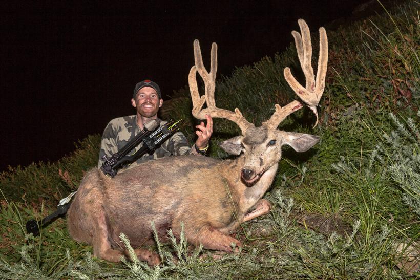 Brady Miller's 2014 Nevada mule deer buck