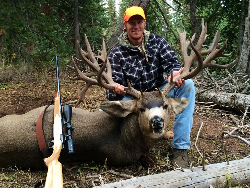 Brett Ross with his Colorado mule deer