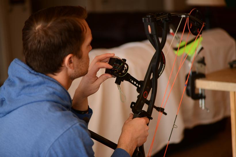 Checking bow sight fiber optics