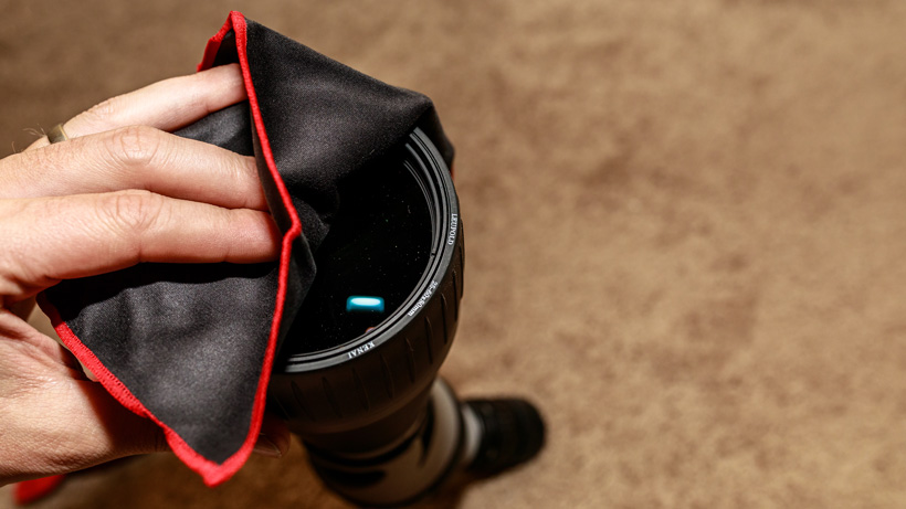 Cleaning Leupold spotting scope with microfiber cloth
