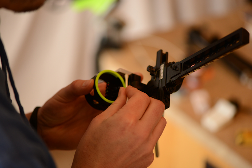 Cleaning archery sight
