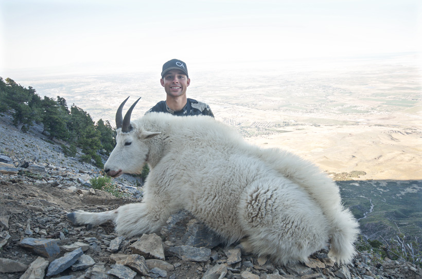 Cody Wetmore with his Utah Mountain goat full body