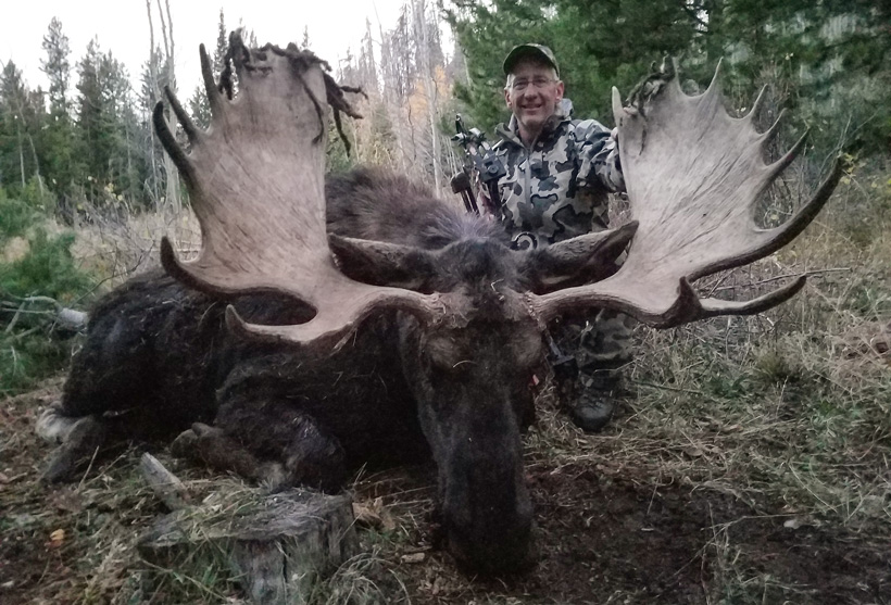 Dyrk with his 2016 Idaho moose taken with Deadline Outfitters