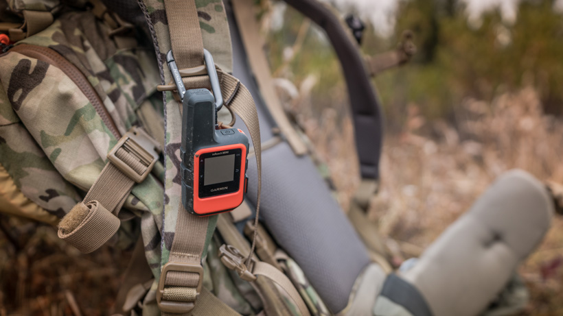 Easy access to a Garmin inReach mini