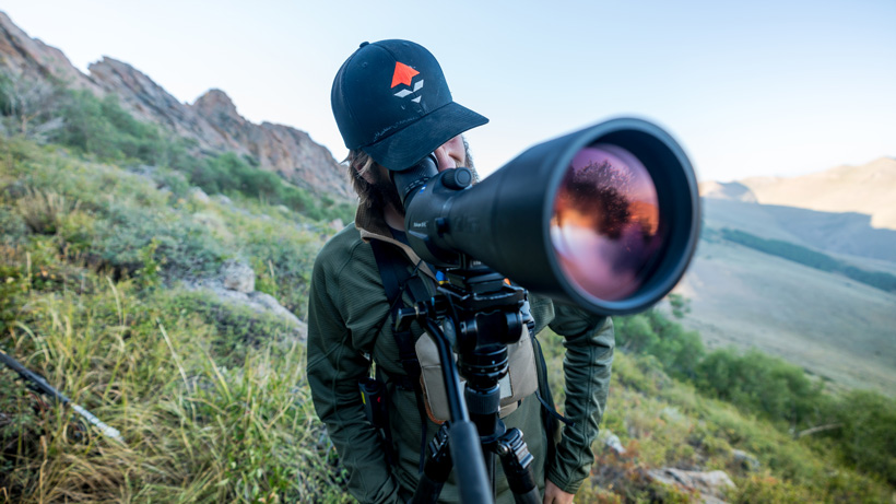 Glassing for mule deer with Zeiss Spotting scope