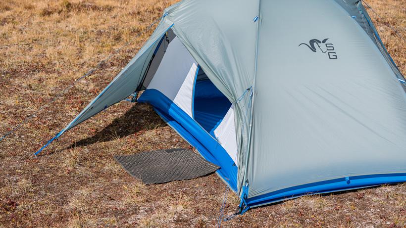 Glassing pad as tent doormat