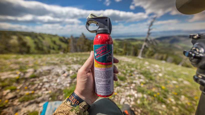 Grizzly bear pepper spray for hunting safety