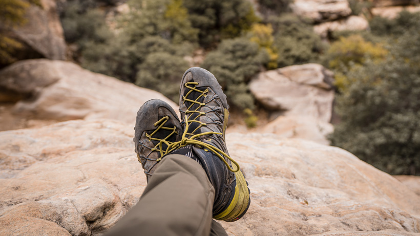 Hiking in Salewa Wildfire GTX mid shoes