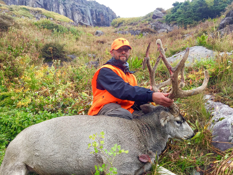 Kyle with his 2015 Colorado mule deer