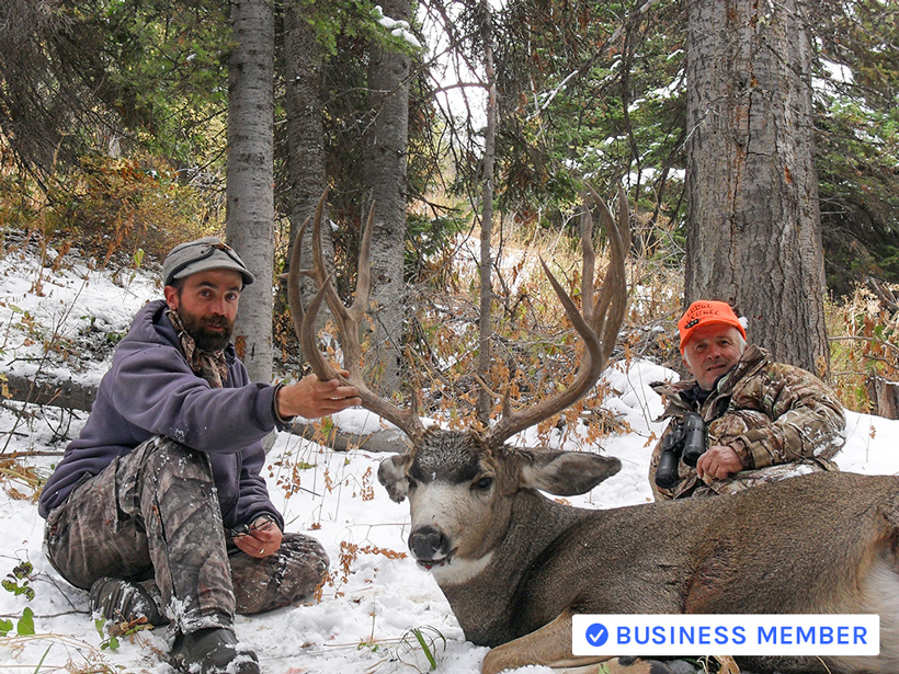 Large mule deer buck with Tri-Spoke Outfitters