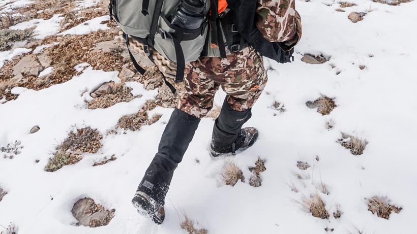 Late season mule deer hunt with gaiters