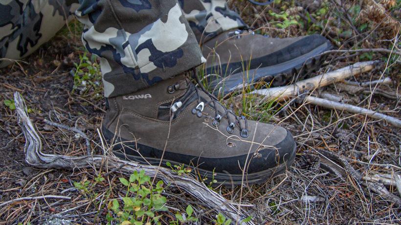 Low Tibet GTX hunting boot