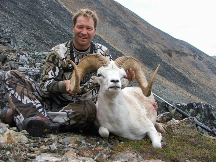 Nahanni Butte Outfitters Dall sheep