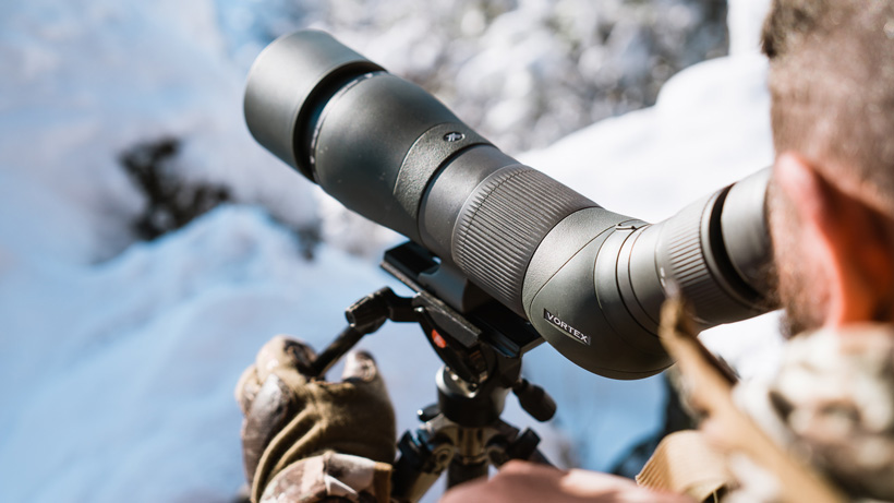 Angled or straight spotting scope?