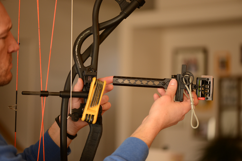 Removing bow accessories