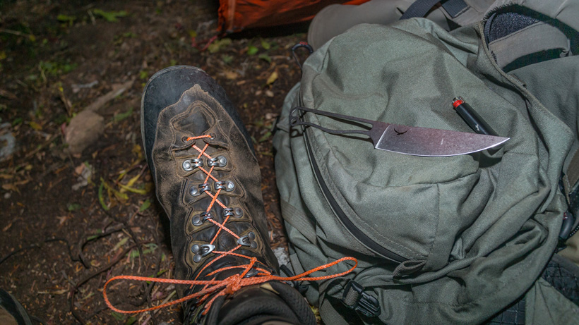 Replacing broken boot laces with paracord