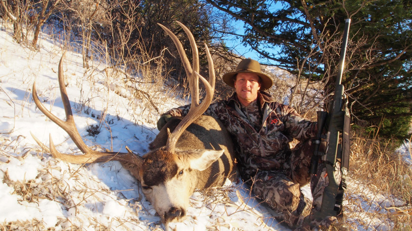 Robby Denning with a seven year old lab aged Idaho mule deer