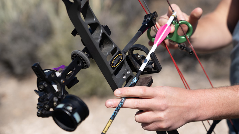 Selecting an arrow rest for hunting