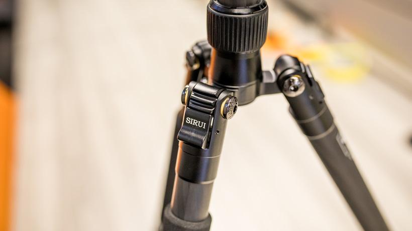 Sirui t-024x carbon fiber tripod leg angle adjustment