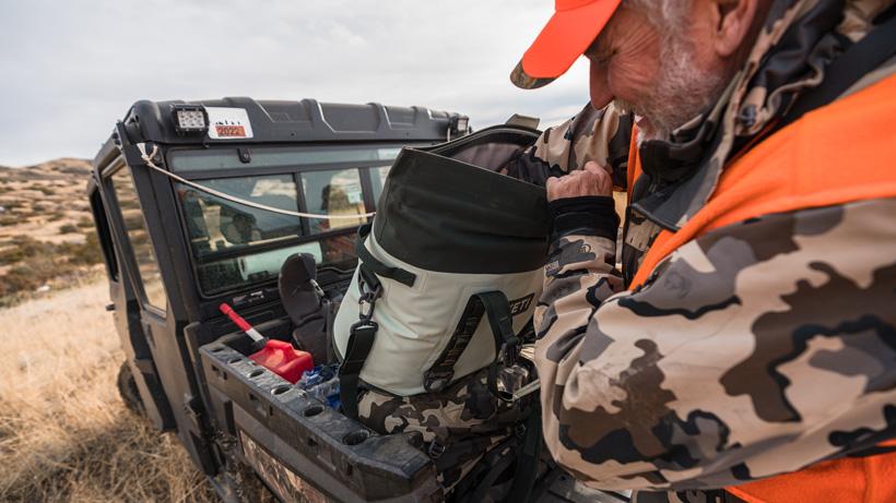 Using Yeti Hopper M30 cooler while hunting
