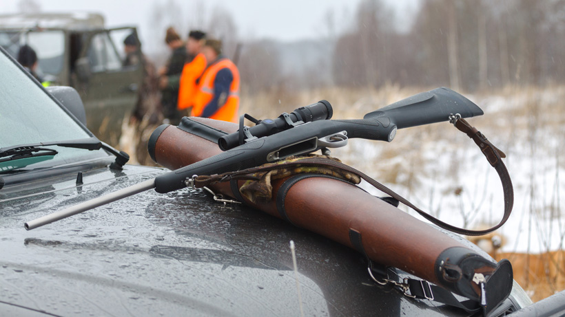 Illegal hunting and outfitting