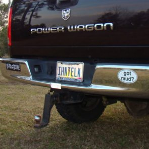 20 of the best hunting themed license plates