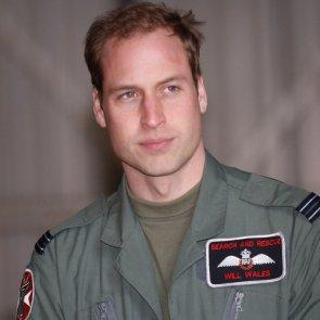 Royal favor: Prince William justifies big game hunting