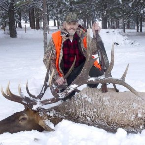 Man ends hunting career with record elk