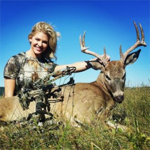 Beauty queen pleads guilty to hunting crime