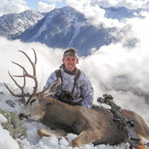 Late season mule deer hunting at its finest