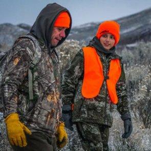12-year-old cancer survivor shoots first bull elk