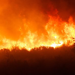 Wildfires burn over 700 acres in eastern Nevada